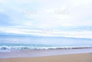 朝方の海の写真・画像素材[4876649]