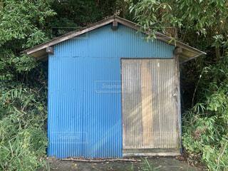 トタン小屋の写真・画像素材[4941957]