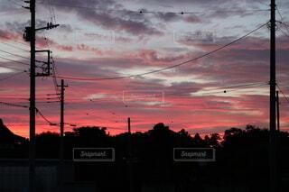 夕まずめ田舎の風景の写真・画像素材[4916959]