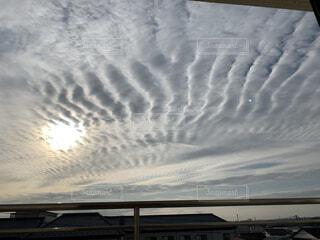 奇妙な雲の写真・画像素材[4943367]