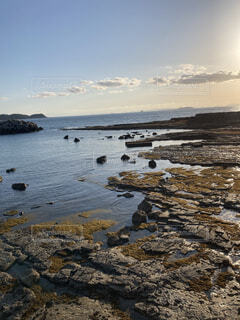 海辺の岩場の写真・画像素材[4940645]