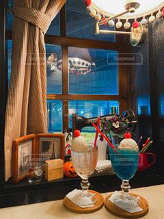 レトロなカフェのクリームソーダの写真・画像素材[4948650]