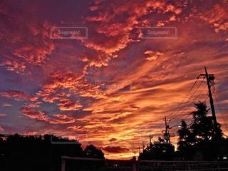 朝焼けの空の写真・画像素材[329382]