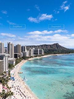 ハワイ ホノルル ワイキキビーチの写真・画像素材[379867]