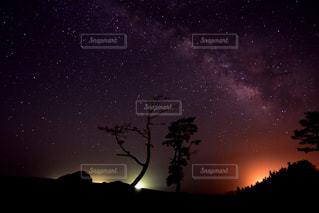夜空の写真・画像素材[608569]