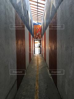 ビルの内部の眺めの写真・画像素材[1058163]