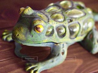 カエルの置物の写真・画像素材[1254386]