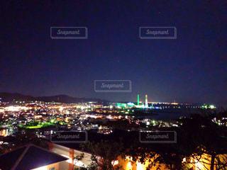 夜の街の景色の写真・画像素材[1741509]
