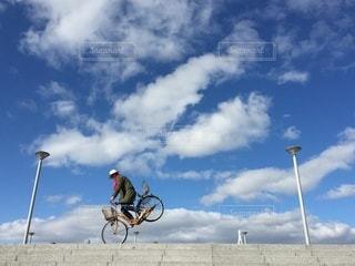 凧の飛行男の写真・画像素材[300]