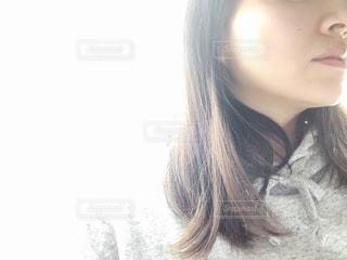 selfie を取る女性の写真・画像素材[1009244]