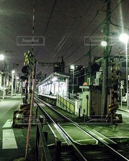 鋼のトラックの列車 - No.776453