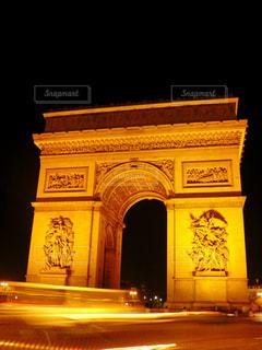 夜の凱旋門の写真・画像素材[6660]
