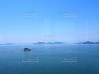 水の大きな体の写真・画像素材[1235204]
