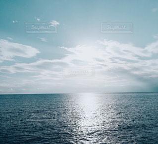 一面に広がる海と空の写真・画像素材[853569]