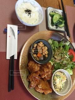 No.245982 昼食