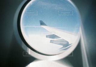近くに車のアップの写真・画像素材[1052]