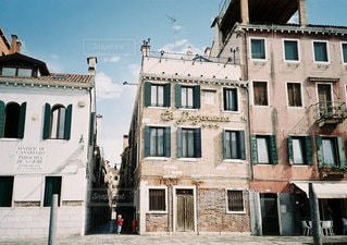 大きな白い建物の写真・画像素材[1271]