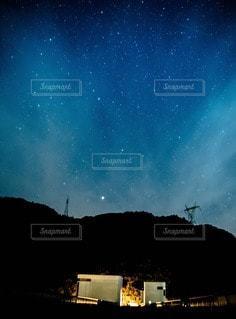 夜空と夜景の写真・画像素材[51898]