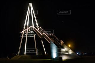 クロック タワーは夜ライトアップの写真・画像素材[1167023]