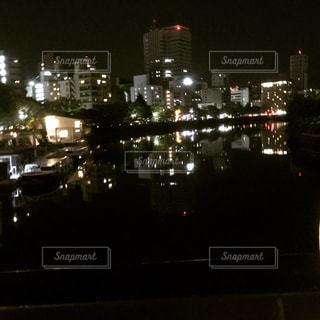 夜の街の景色の写真・画像素材[763549]