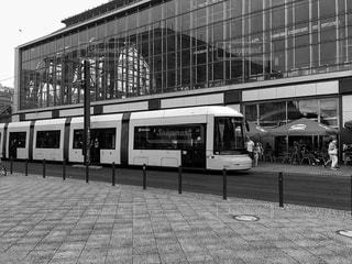 路線バスは駅に駐車 - No.746834