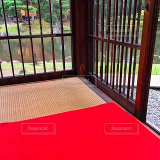 座敷と赤いマット - No.749906