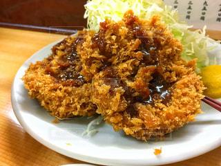 皿のご飯肉と野菜料理 - No.937147
