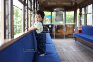 電車の中での写真・画像素材[732576]