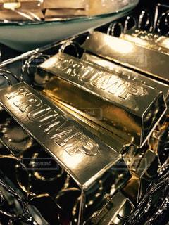 チョコレート,トランプ,金,ゴールド,ギフト,金塊,トランプタワー,金の延べ棒,ゴールドバー