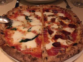 トマト,チーズ,レストラン,美味しい,イタリアン,熱々,グルメ,マルゲリータ,とろける,ピザ
