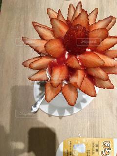 いつまでもどこまでも苺ザサンデーの写真・画像素材[1044782]