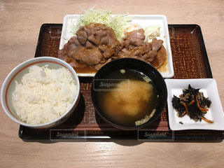 生姜焼き定食の写真・画像素材[2654385]