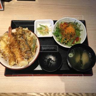 海老天丼ランチメニュー2019/11/02の写真・画像素材[2683374]