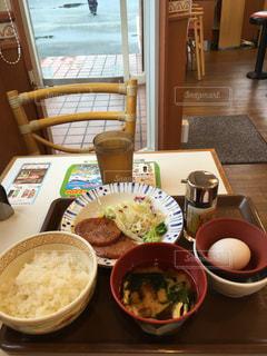今日の朝ごはんはすき家370円2020/06/24の写真・画像素材[3353621]
