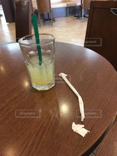 タリーズカフェでアップルジュースの写真・画像素材[3359631]