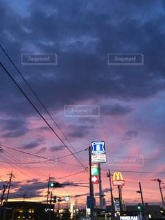 街路の信号の写真・画像素材[3399176]