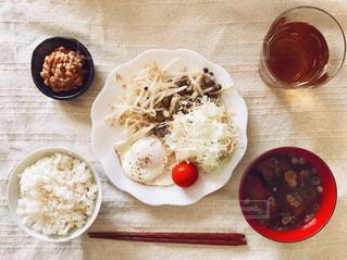 とある日の和食な朝ごはんの写真・画像素材[1325770]