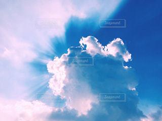 青い空と入道雲の写真・画像素材[1358279]