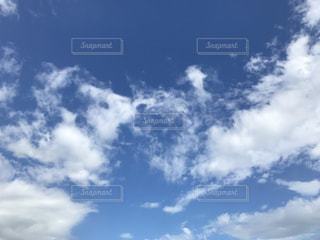青空と雲の写真・画像素材[1374676]