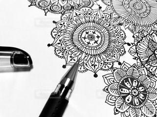 花をイメージした線画の写真・画像素材[1423273]