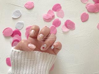 桜の花のレントゲンフラワー×ピンクストーンネイルの写真・画像素材[1803853]