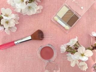 コスメと桜の写真・画像素材[2246902]