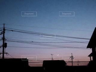 三日月の夜の写真・画像素材[2317124]