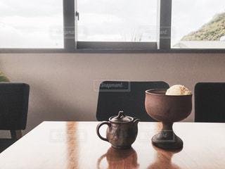 カフェで食べたコーヒーアフォガードの写真・画像素材[2335788]