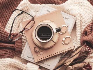 秋のコーヒータイムの写真・画像素材[2494223]