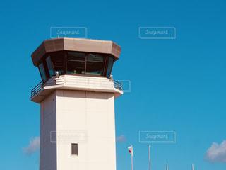 飛行場の管制塔の写真・画像素材[877365]