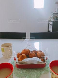豆腐ドーナツと我が家の朝の写真・画像素材[1435356]