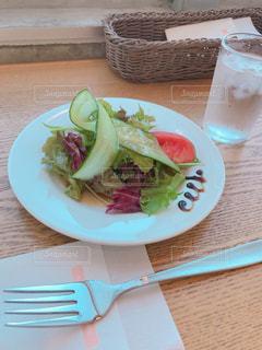 おしゃカフェのおしゃれサラダの写真・画像素材[1502138]