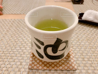シメの緑茶の写真・画像素材[2642751]