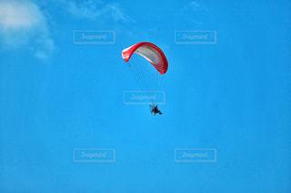 空でパラシュート遊泳 - No.920468